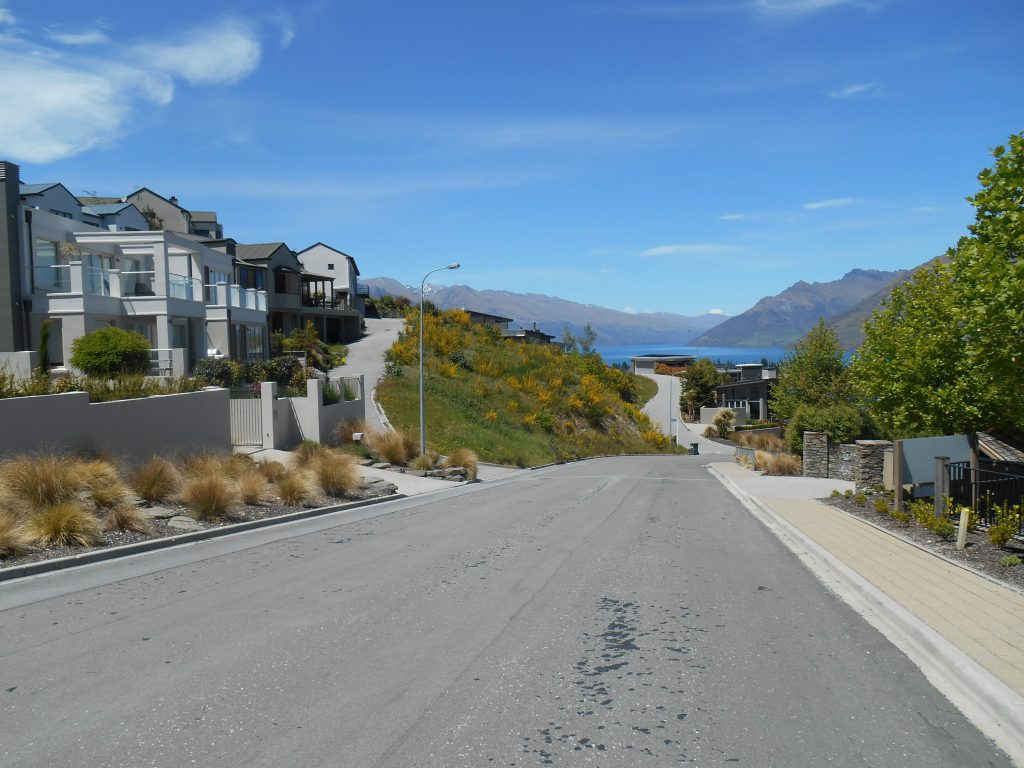 On the way to Queenstown Hill