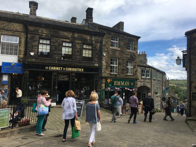 Places to Visit in West Yorkshire - Haworth